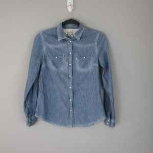 Levi's Women's Barstow Western Shirt, Chambray Sm